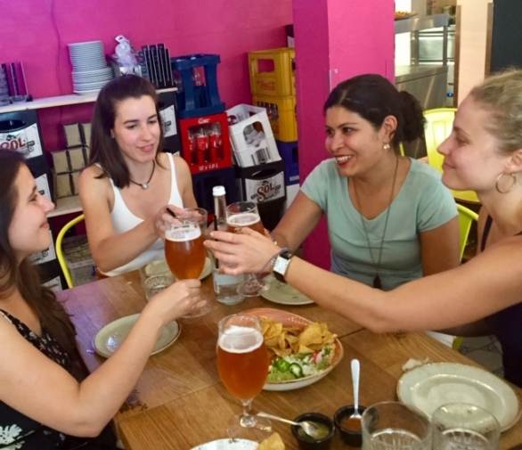 Ale with some friends at Mexico Straße (Sankt Pauli)